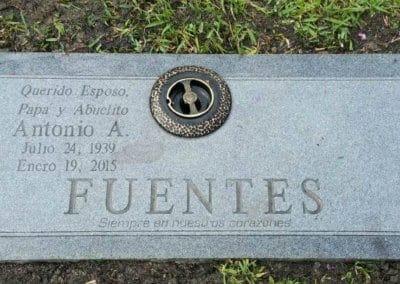 Companion Grave Markers - Fuentes
